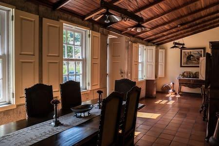 The Porto Concierge - Balcony House - Lanhelas - Haus