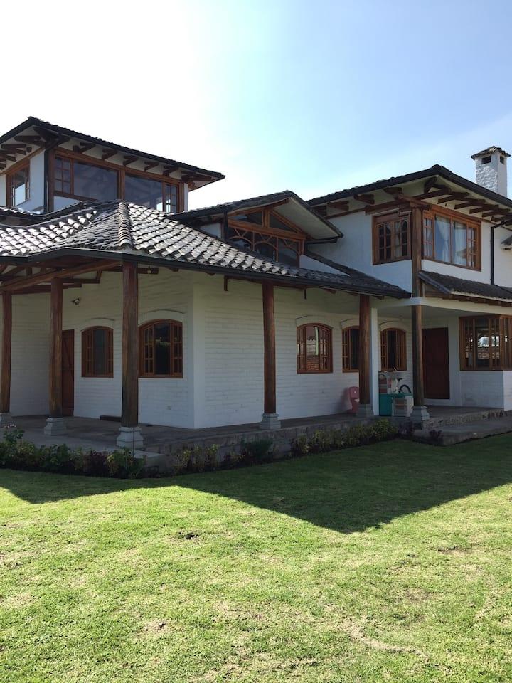 Acojedora casa de campo