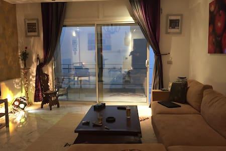 modern flat with 4 balcony sea view - Tunis - 公寓