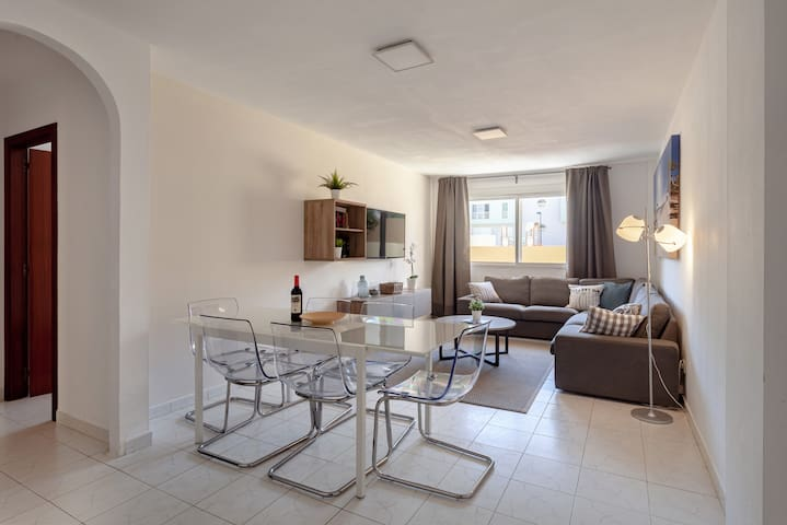 Spacious living area for a big family or group of friends