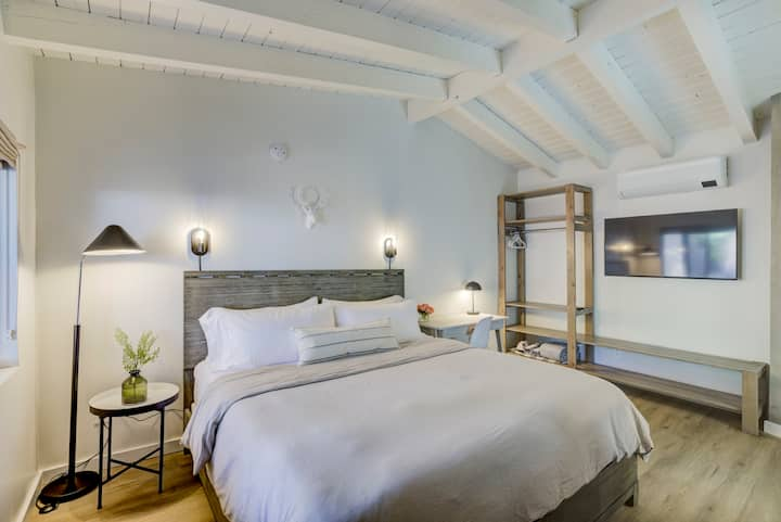 Brand New Boutique Stay - Stateline, Heavenly, Beach - South Lake Chalet #2