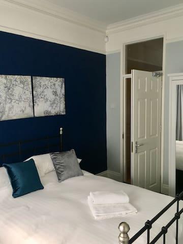 Cosy Chic Apartment in Belfast Queens Quarter