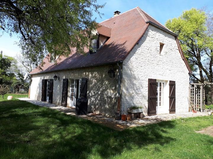 Maison agréable, de plein pied, dans la campagne