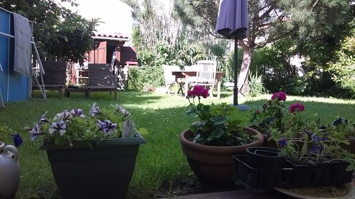 Chambre  au calme et vue sur jardin 3