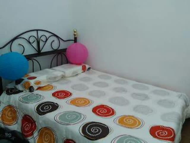 Cosy Stay Near Kuantan Airport - Kuantan - House