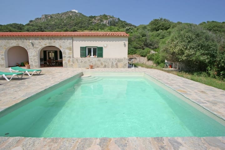 Holiday home with private swimming pool in the tranquility and nature of Menorca