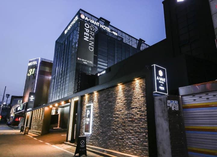 천안 어반트 호텔 고급스러운 인테리어 -트윈룸
