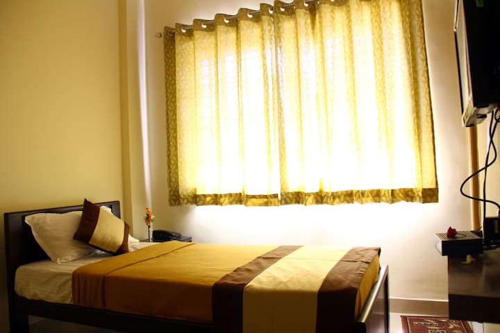 Privater room for Backpackers - Mysuru - Daire