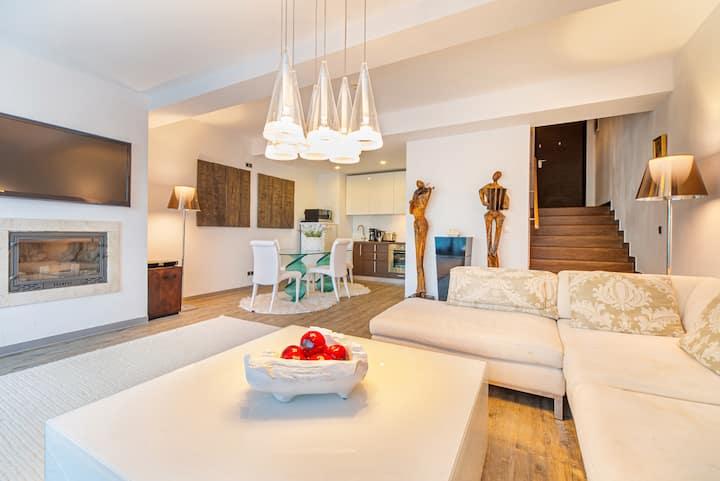 Stylish mountain loft apartment in Poiana Brasov