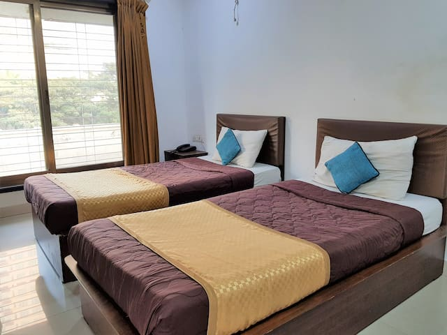 Affordable Fully Furnished Flat Near Malad Mumbai