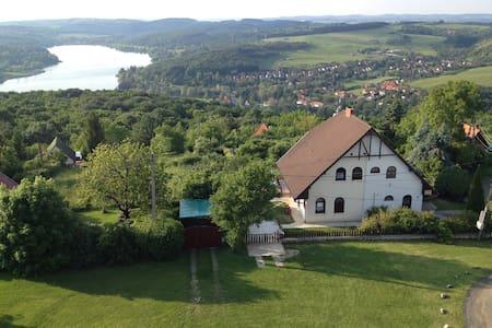 Anita vendégház - Orfű - Haus