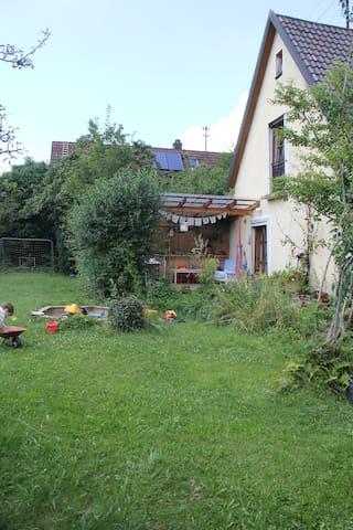 Familienfreundliches Haus im schönen Oberbayern - Schöngeising - Wohnung