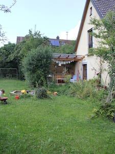 Familienfreundliches Haus im schönen Oberbayern - Schöngeising