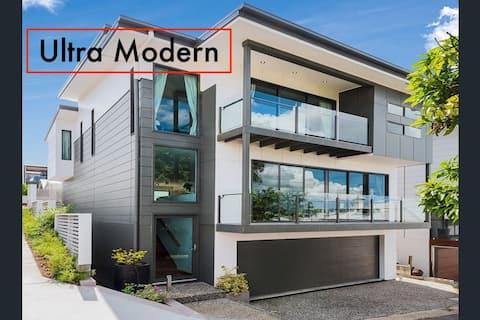 Walk to CITY, QUT & QLD Ballet - NEW Apartment