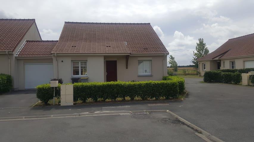 Maison indiv équipée 80m² terasse vue champs
