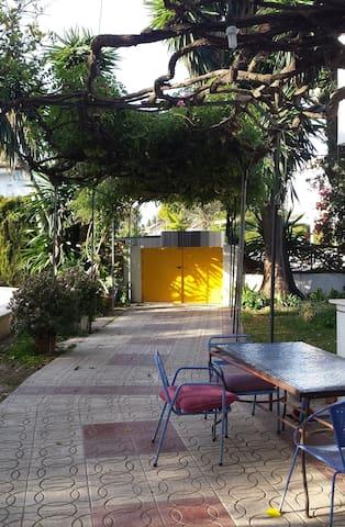 Habitación, piscina y fácil aparcar - Valencina de la Concepción - Haus