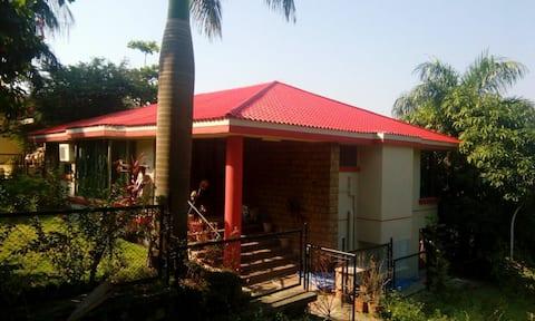 Spacious bungalow near Gorai Beach