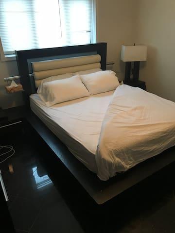 Private 1 bedroom apartment