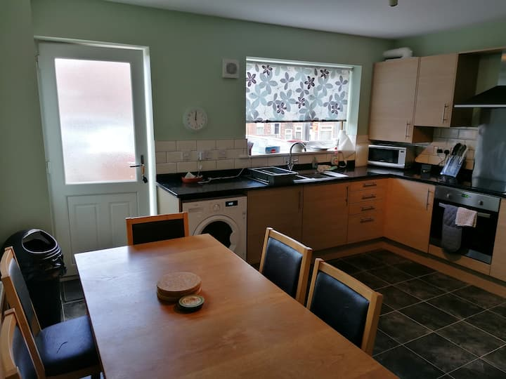 Three bedroom house close to centre of Durham
