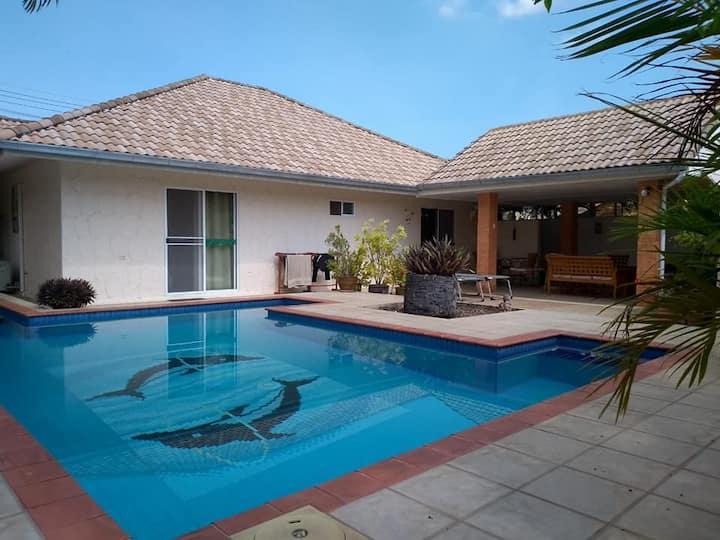 Baansiesom 2 Bedroom private pool villa.
