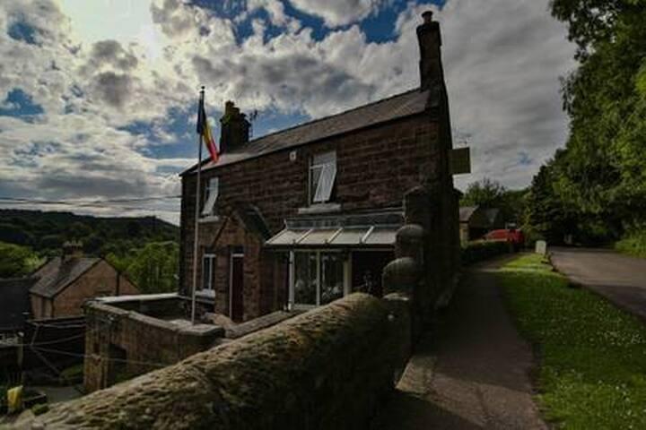 Oakford Cottage B&B.  (Room 1).