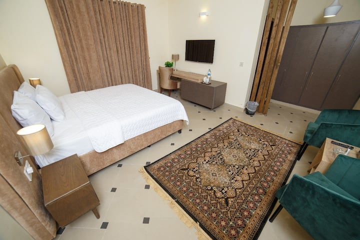Sparkling Clean Room near Jinnah Super & Centaurus