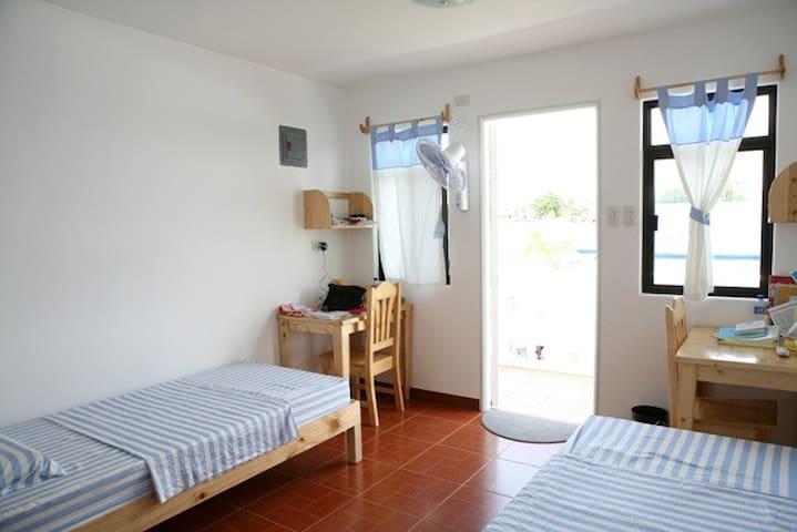 Alabang Guest house 알라방 게스트하우스 - Las Piñas - ที่พักพร้อมอาหารเช้า