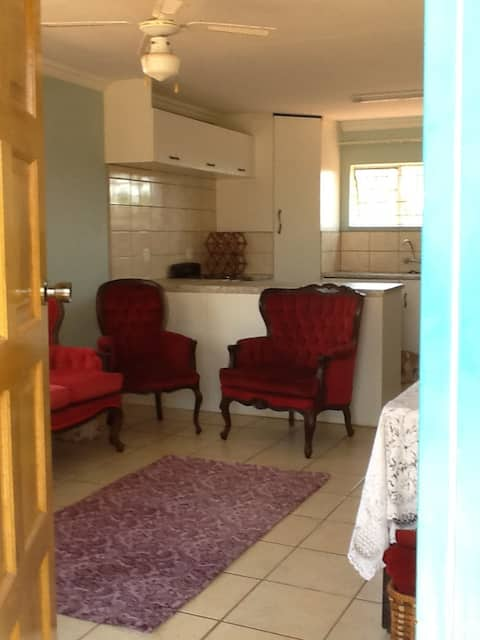Smallholding 1 Bedroom Self Cater Furnished flat