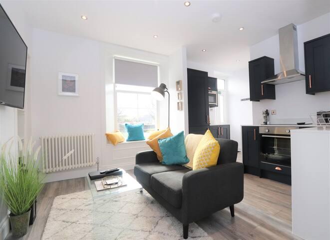 Dollar Apartments - Stylish one bedroom apartment