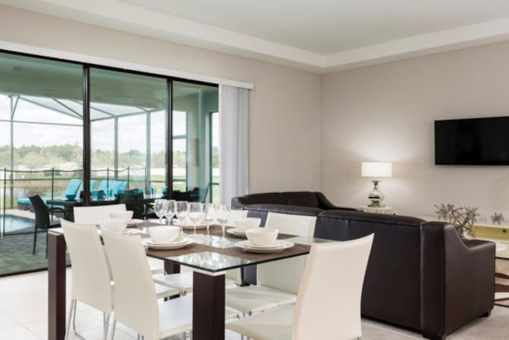 Entertain family and friends at the dining room table.