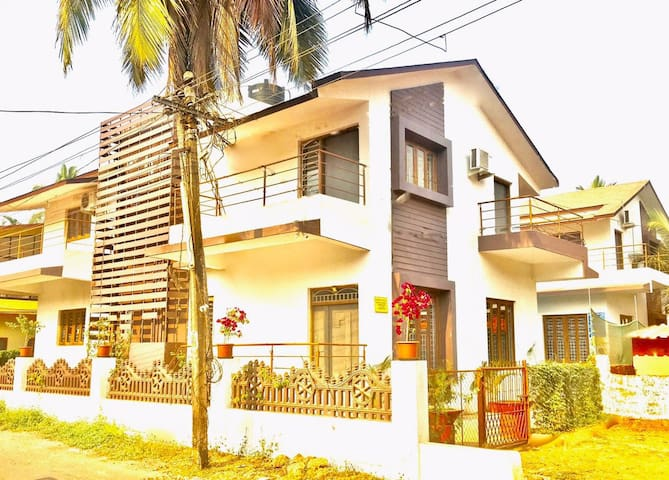 Villa-Home Like Stay for Bigger Groups & Family. - Saligao - Villa