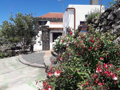 EL VALLITO preciosa casa en la isla de El Hierro