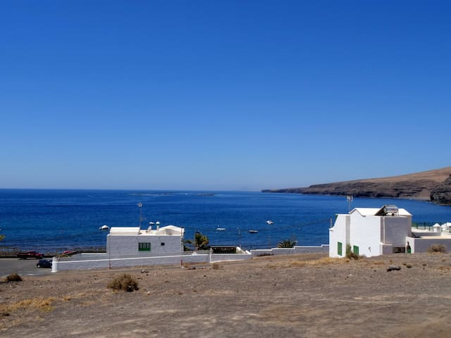 Holiday House Playa Descanso in Playa Quemada - Playa Quemada - Hus