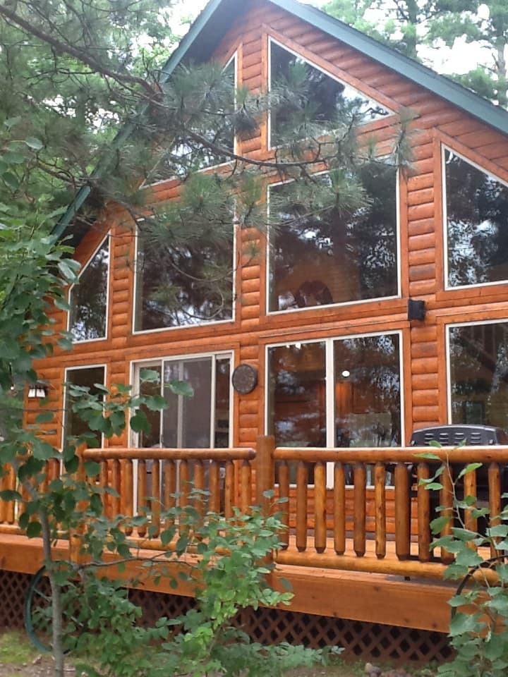 Hayward-Round Lake-Timberlane Lodge