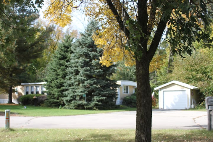 Manufactured Home~Private Neighborhood