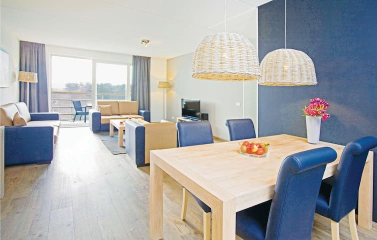 Holiday apartment with 2 bedrooms on 65m² in West-Terschelling