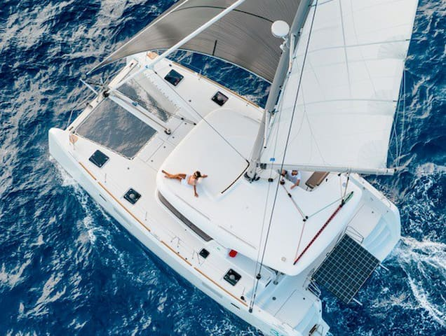 Live The Dream Aboard a Luxury Catamaran Sailboat