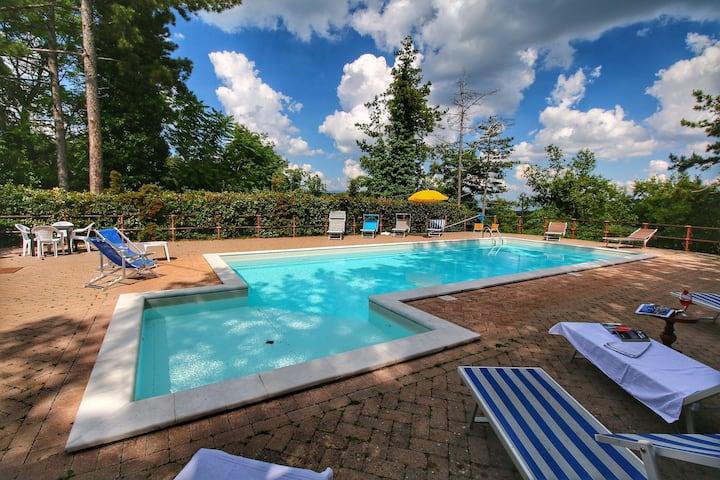 Boutique Villa in Scheggia with Pool