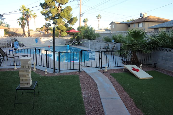SANITIZED 4 Bed Room Home w/Pool & Games for ALL!!