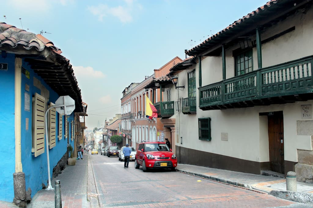 Tenth Street is one of the main streets in the Historical Center, la Candelaria.