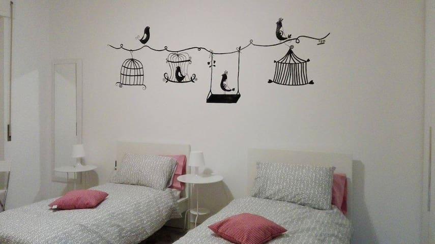 La Luna nel Pozzo B&B, camera Naviglio - Lonate Pozzolo - Bed & Breakfast