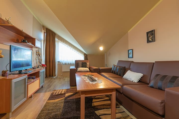 Borovets Sequoia Ski and Lounge Apartment