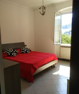 double room with wifi bathroom and kitchen - Genoa