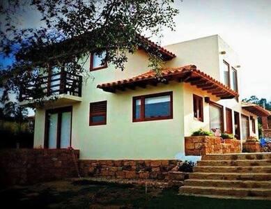 Aparta suites Las Marías 5 - Huis