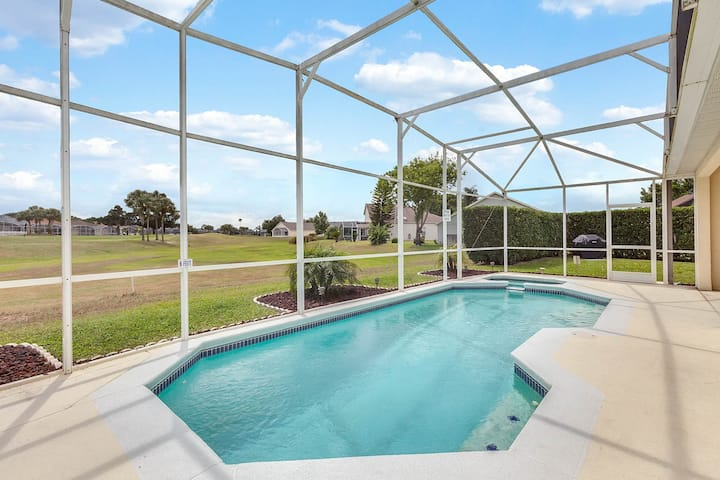 E131MJL - 4 beds pool and spa home on golf course