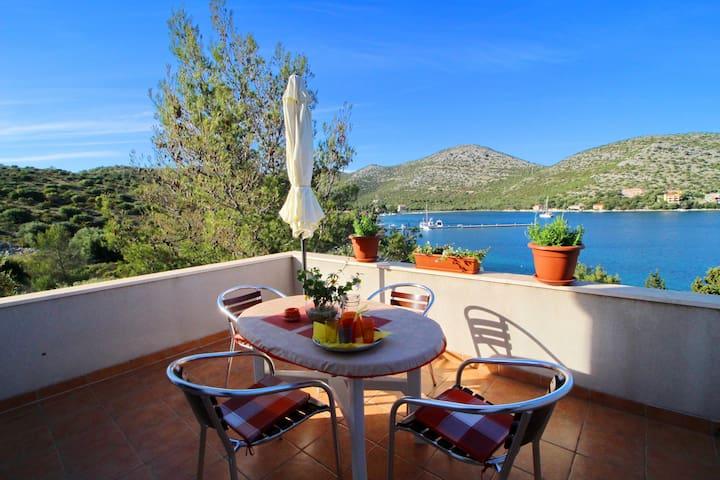 Apartments Marijana - Portorus - Standard One Bedroom Apartment with Terrace and Sea View 3