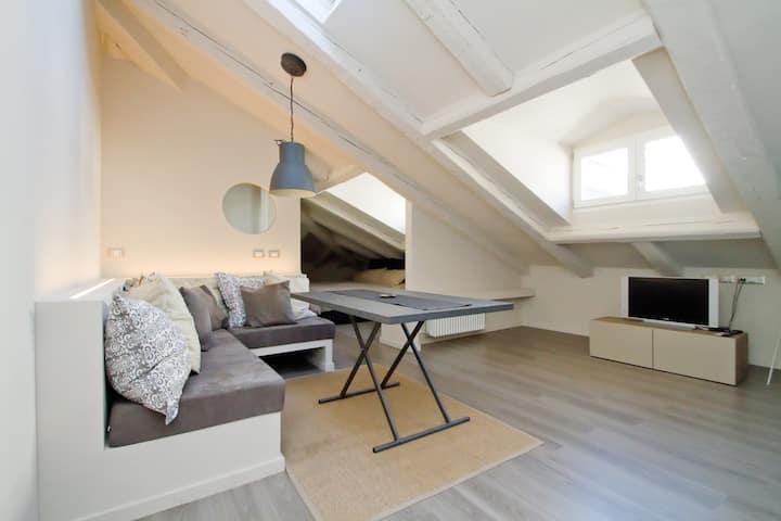 Luxury Open Space - New - Center