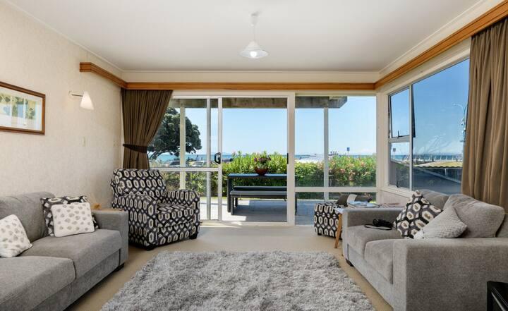Stunning Waterfront Apartment 1