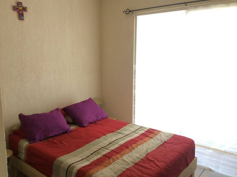 Recámara principal // Master bedroom