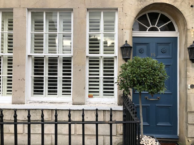 Studio Apartment in Central Bath